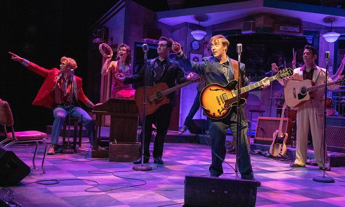 "OLIVER SEYMOUR-MARSH TO PLAY CARL PERKINS FROM MONDAY 28 MARCH IN THE NEW HIT WEST END MUSICAL ""MILLION DOLLAR QUARTET"""